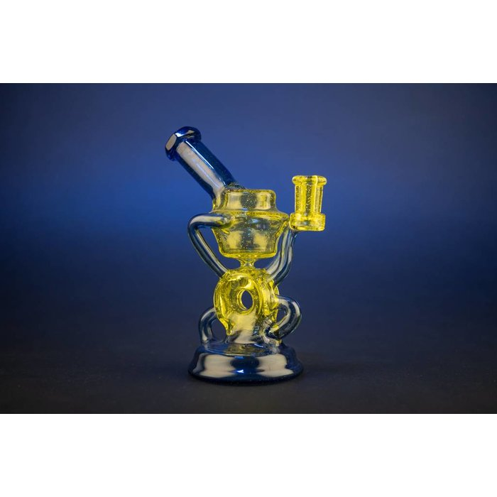 Wolfe Glass Mini Donut Gill Recycler Lemon Drop Serum over Blue Dream