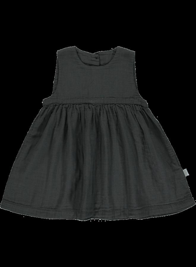 dress matcha pirate black