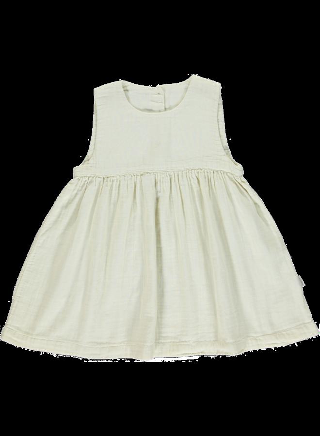 dress matcha almond milk