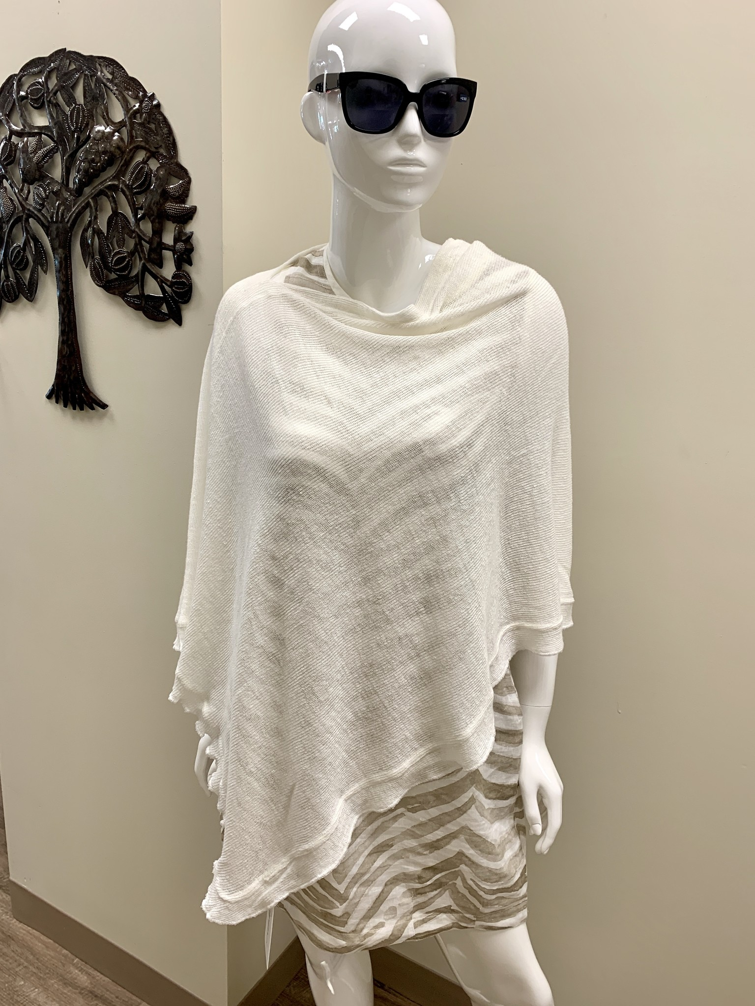 iLinen Knitted Poncho