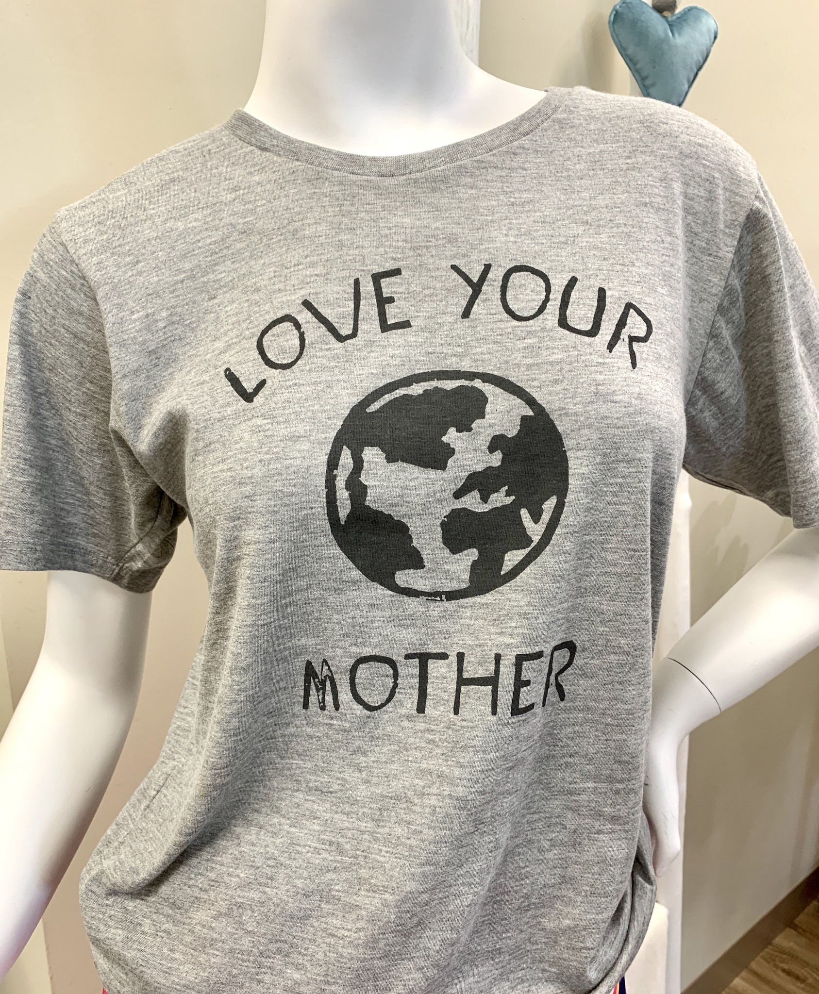 Sugarboo & Co. Sugarboo Tee - 'Love Your Mother'