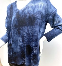 French Kyss VNeck Lounge Top