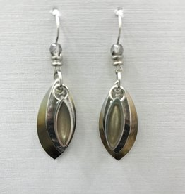 JMR Earrings - Pearl/Silver