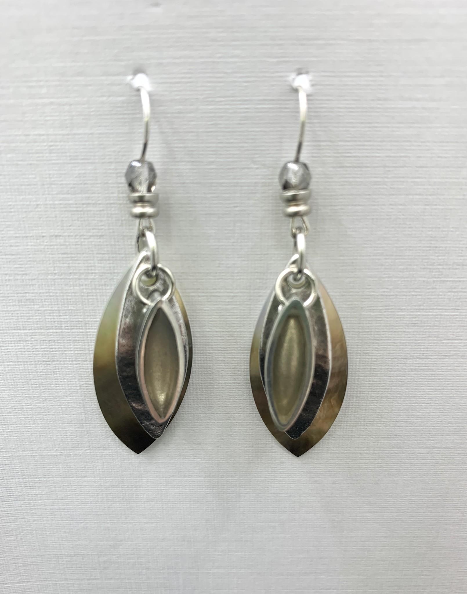 JMR Earrings  - Pearl/Silver