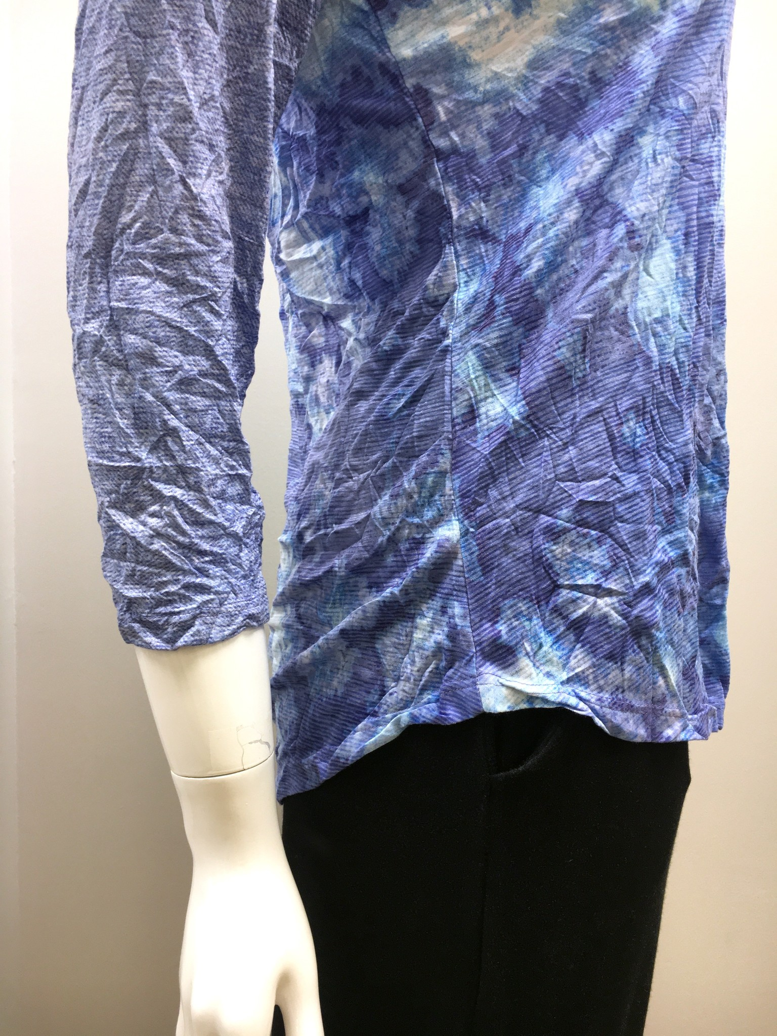 David Cline David Cline V-Neck Wave Top