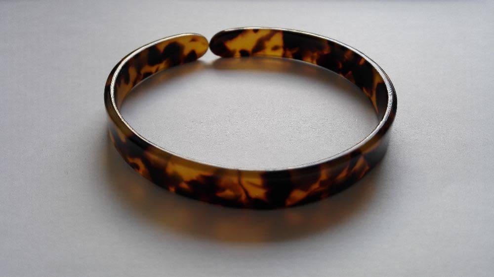 TURTLE SHELL BANGLE