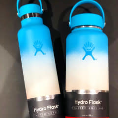 Hydro Flask 24 oz ocean white guava