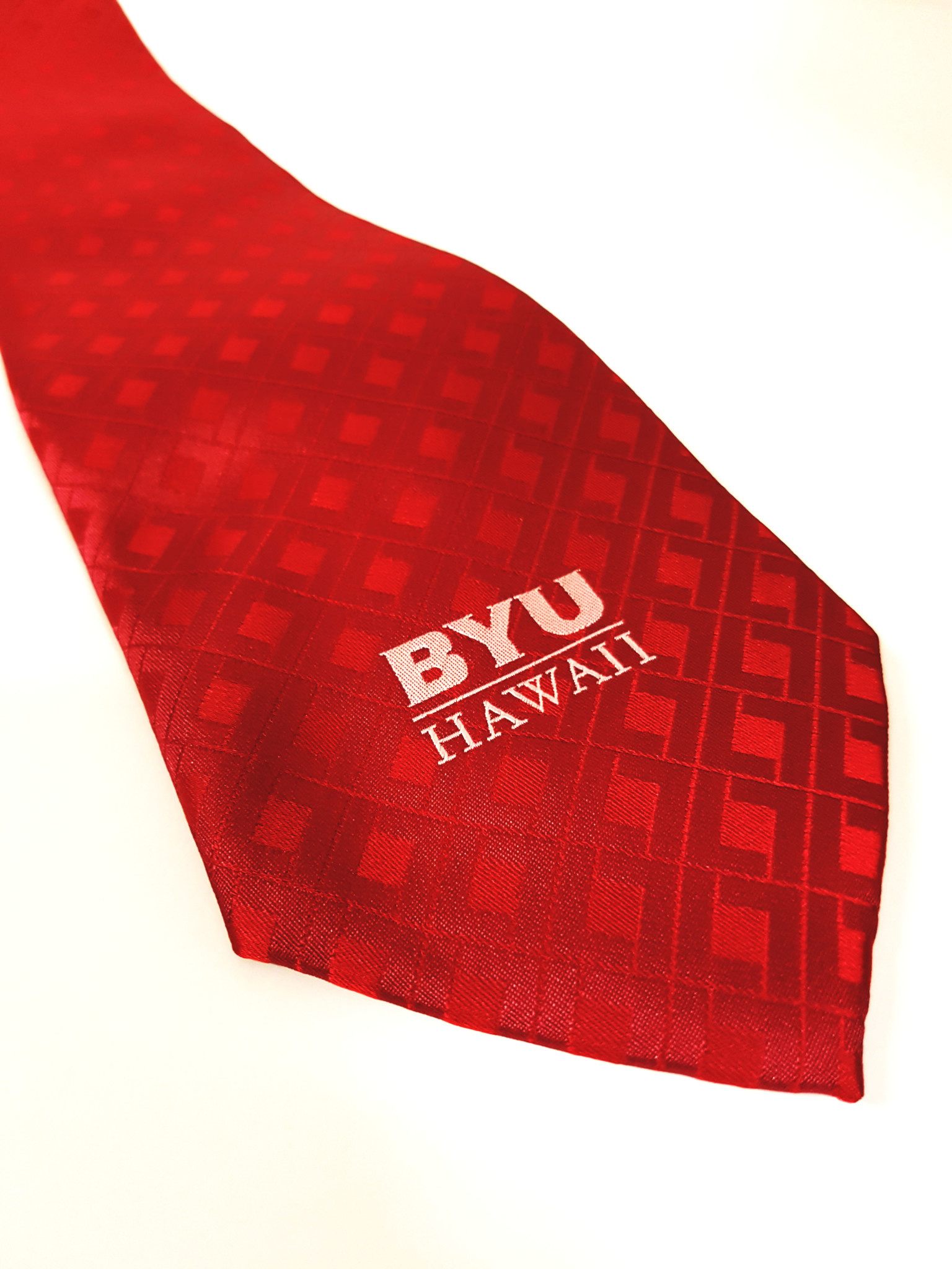 BYUH TIE RED W/DIAMONDS
