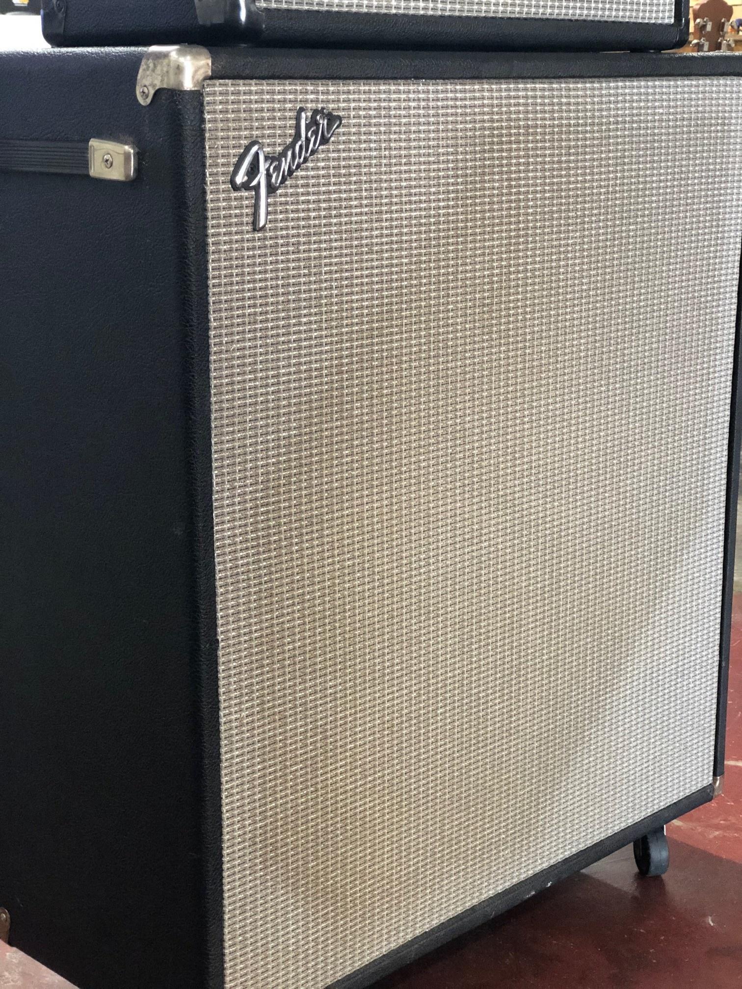 Fender Bassman 70  2x15 Cabinet-2