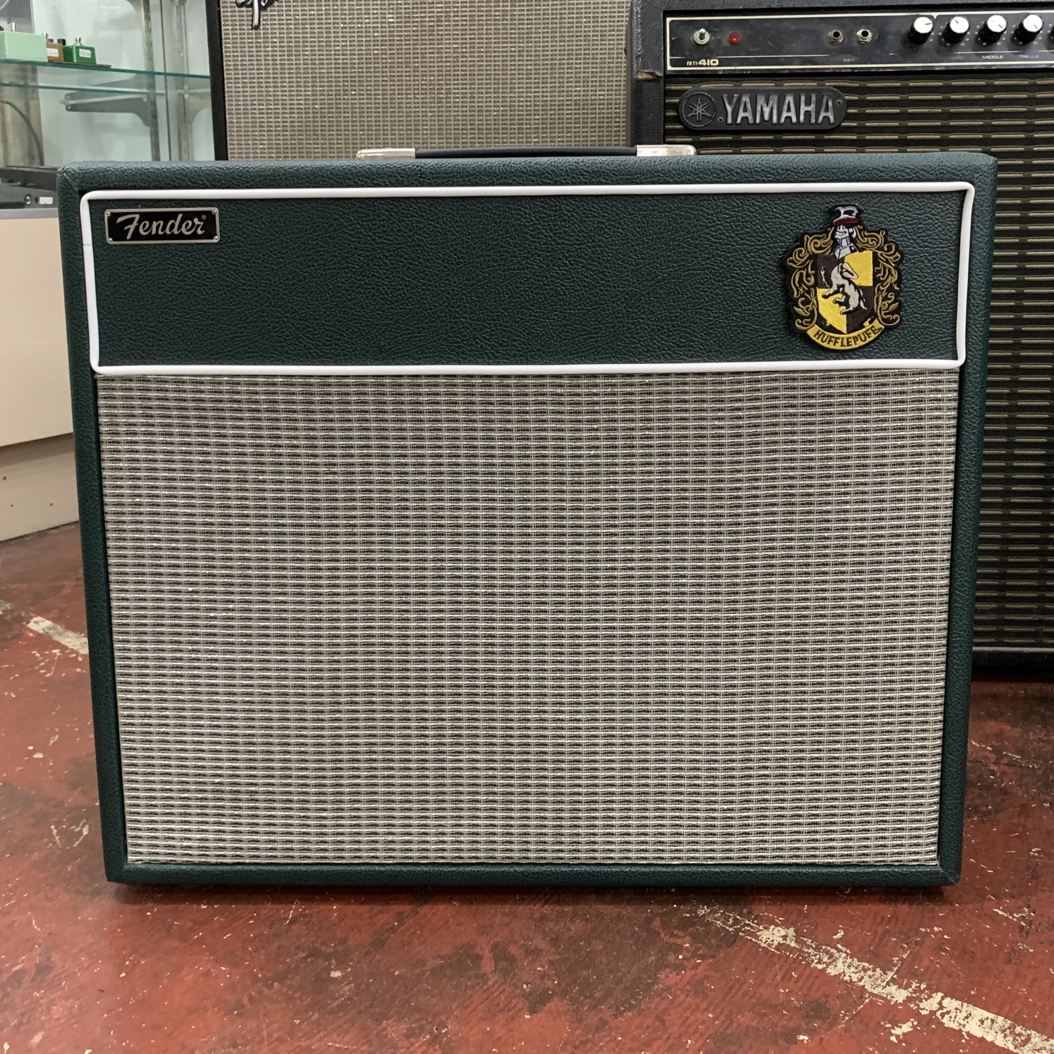 """Hufflepuff"" Fender Blues Junior 2x10 (re-housed)-2"