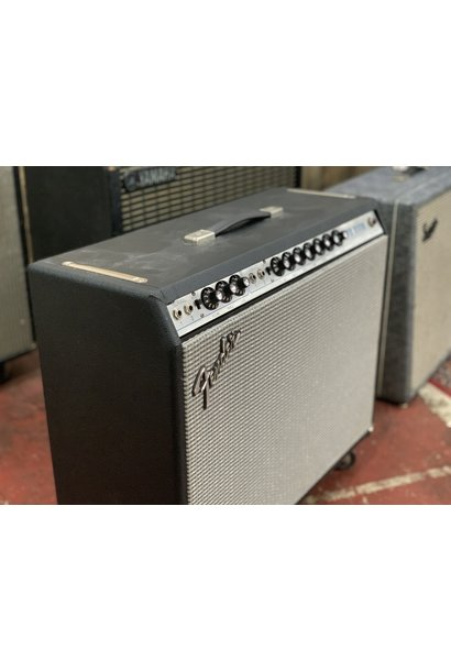 """Fender '75 Silverface 2x10"""" (rescue and re-house)"""