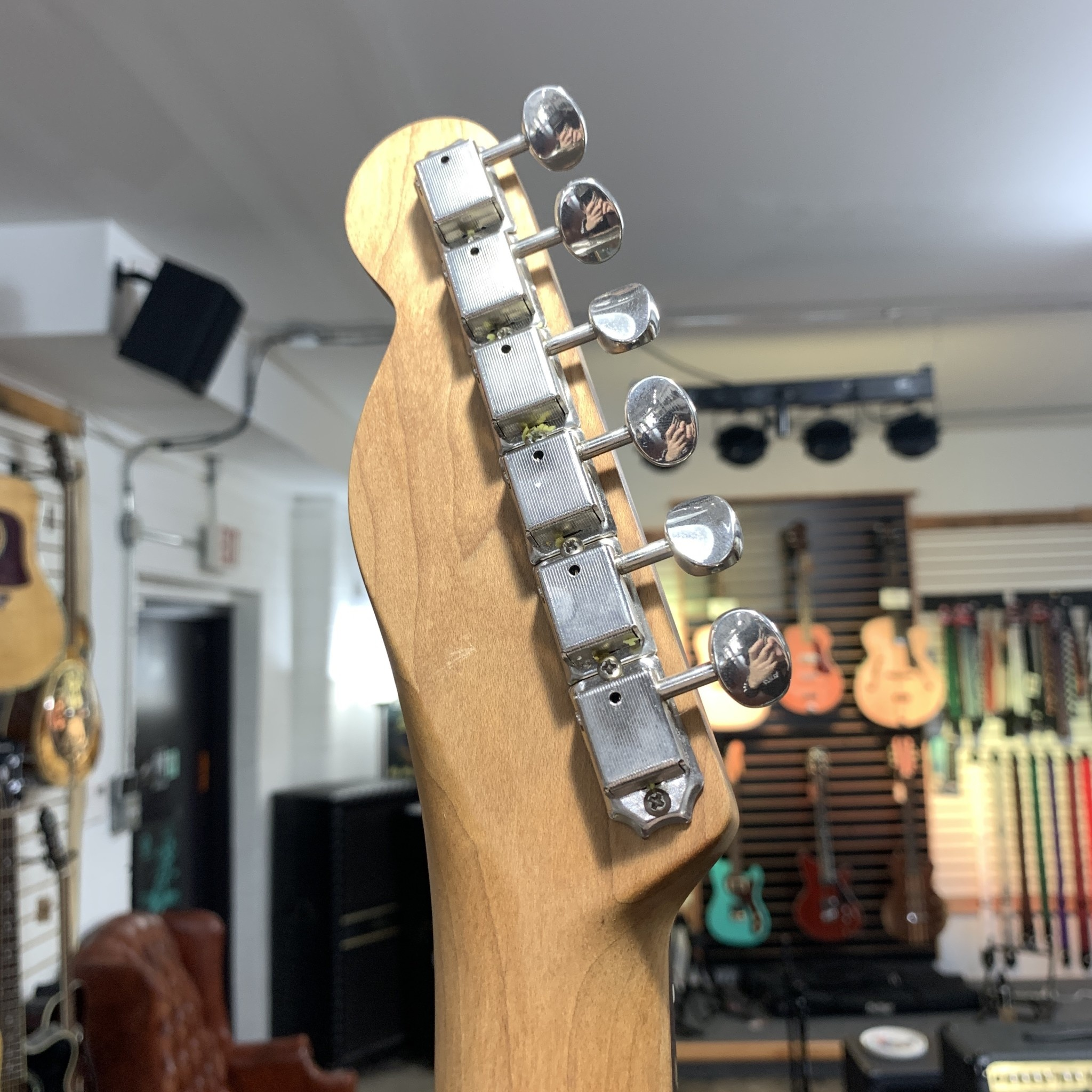 Warmoth Jazzcaster Sunburst w/ Case-6