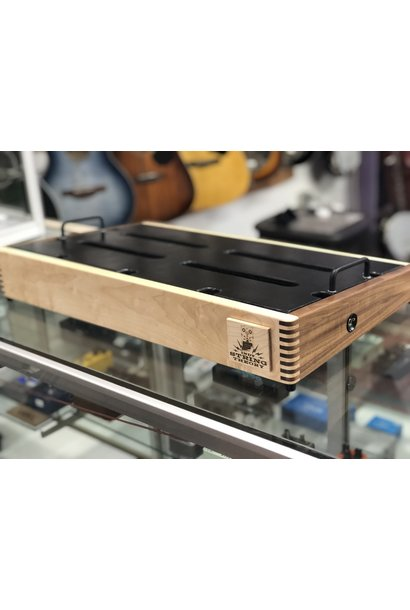 "Indy String Theory 24""x14"" Maple/Walnut Pedalboard  S/N. 14"