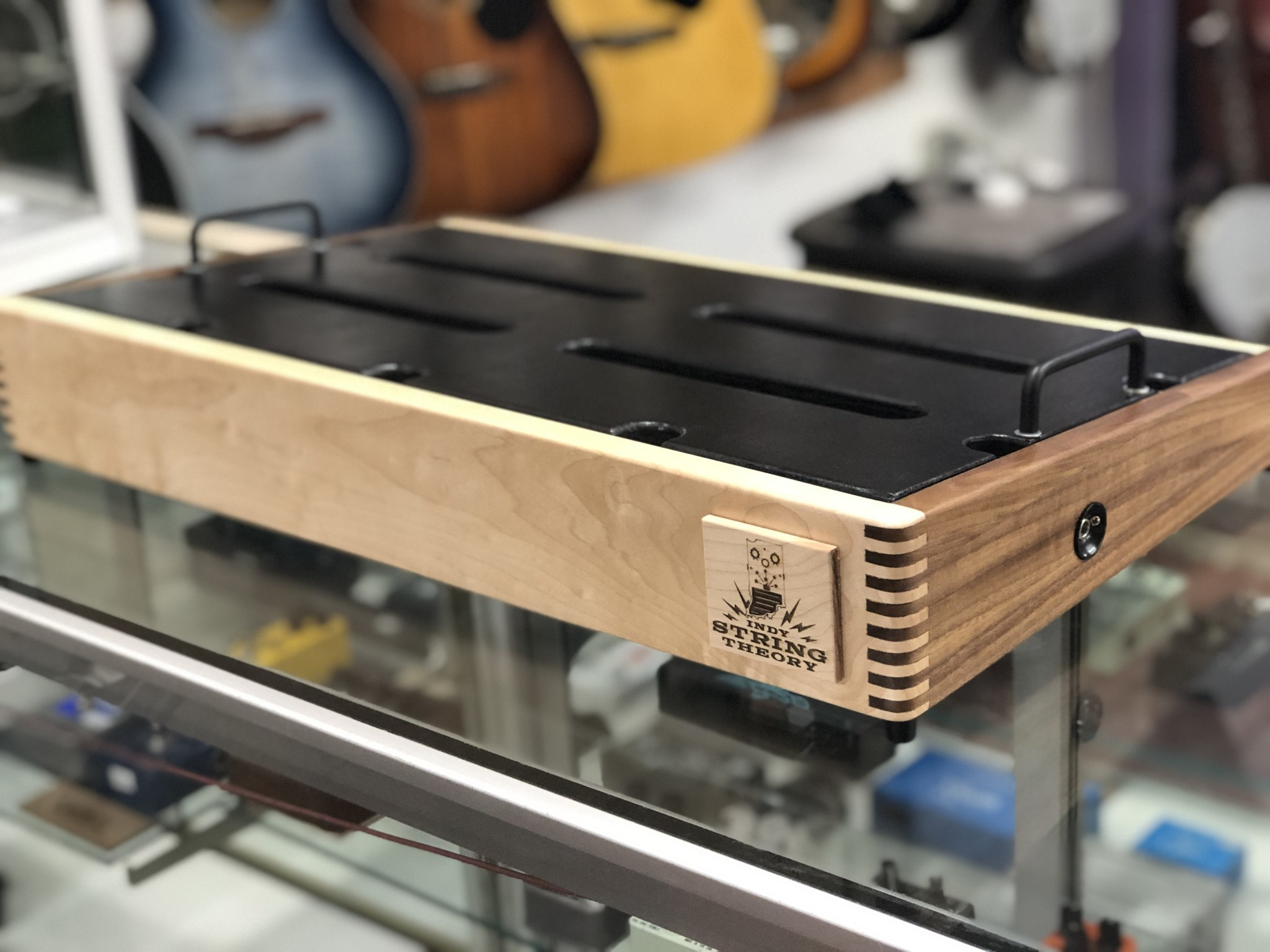 "Indy String Theory 24""x14"" Maple/Walnut Pedalboard-2"