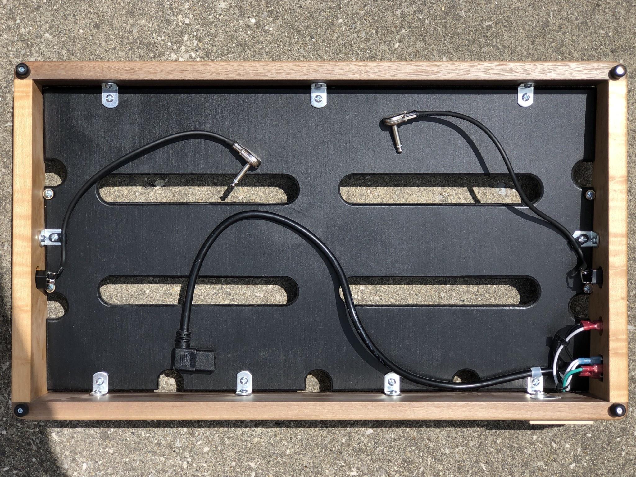 "Indy String Theory PREMIUM Walnut/Maple 24""x14"" Pedalboard S/N. 20-10"