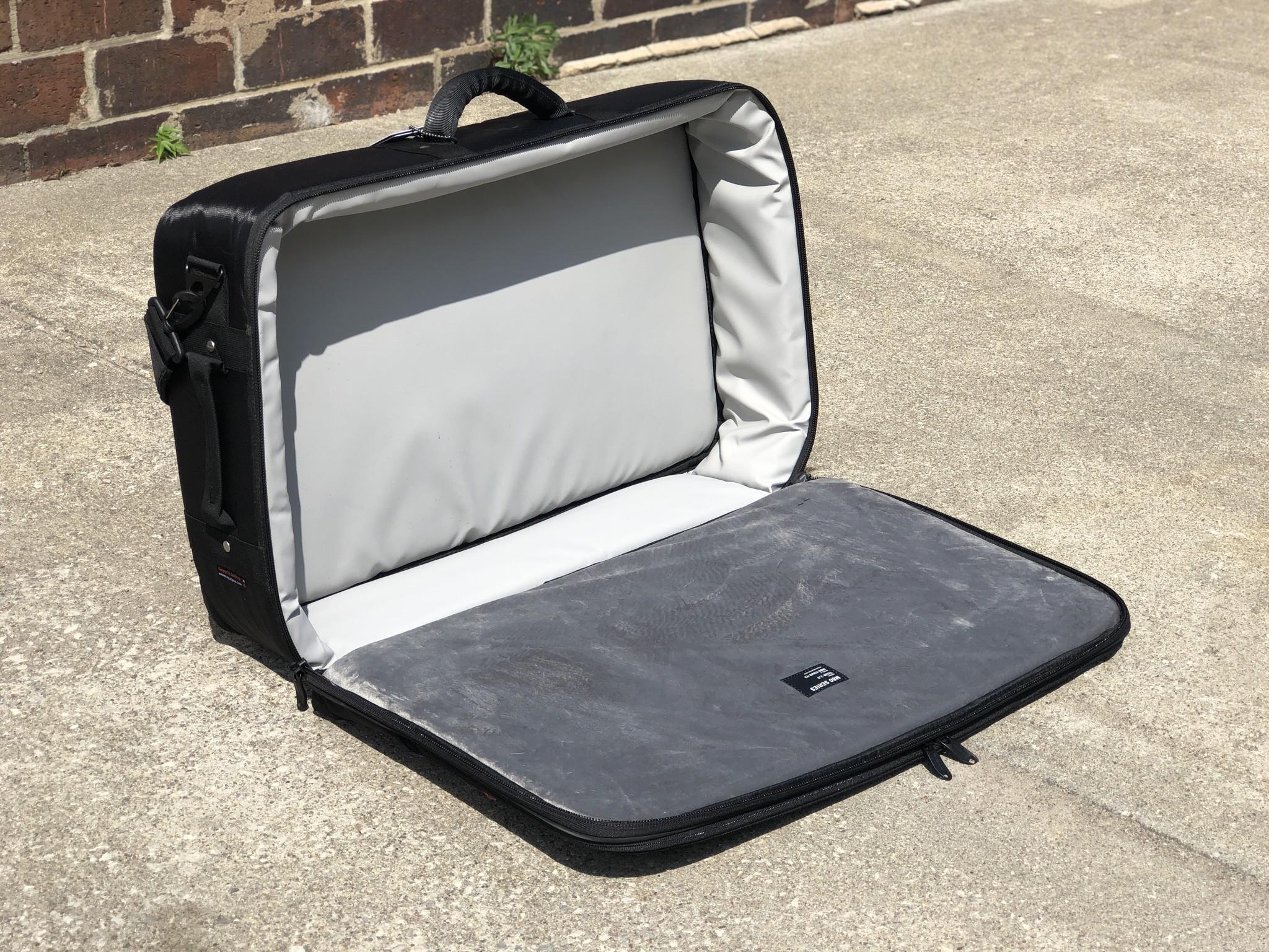 Mono M80 Tour Accessory Case 2.0, Black-4