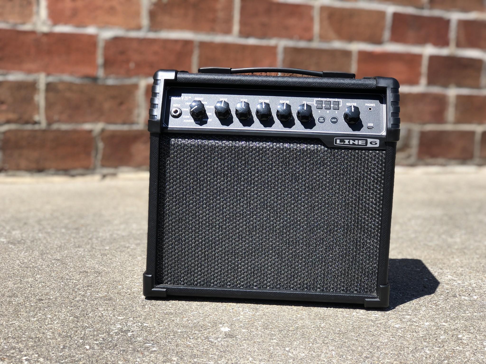 """Line 6 Spider V 20 20-watt 1x8"""" speaker-1"""
