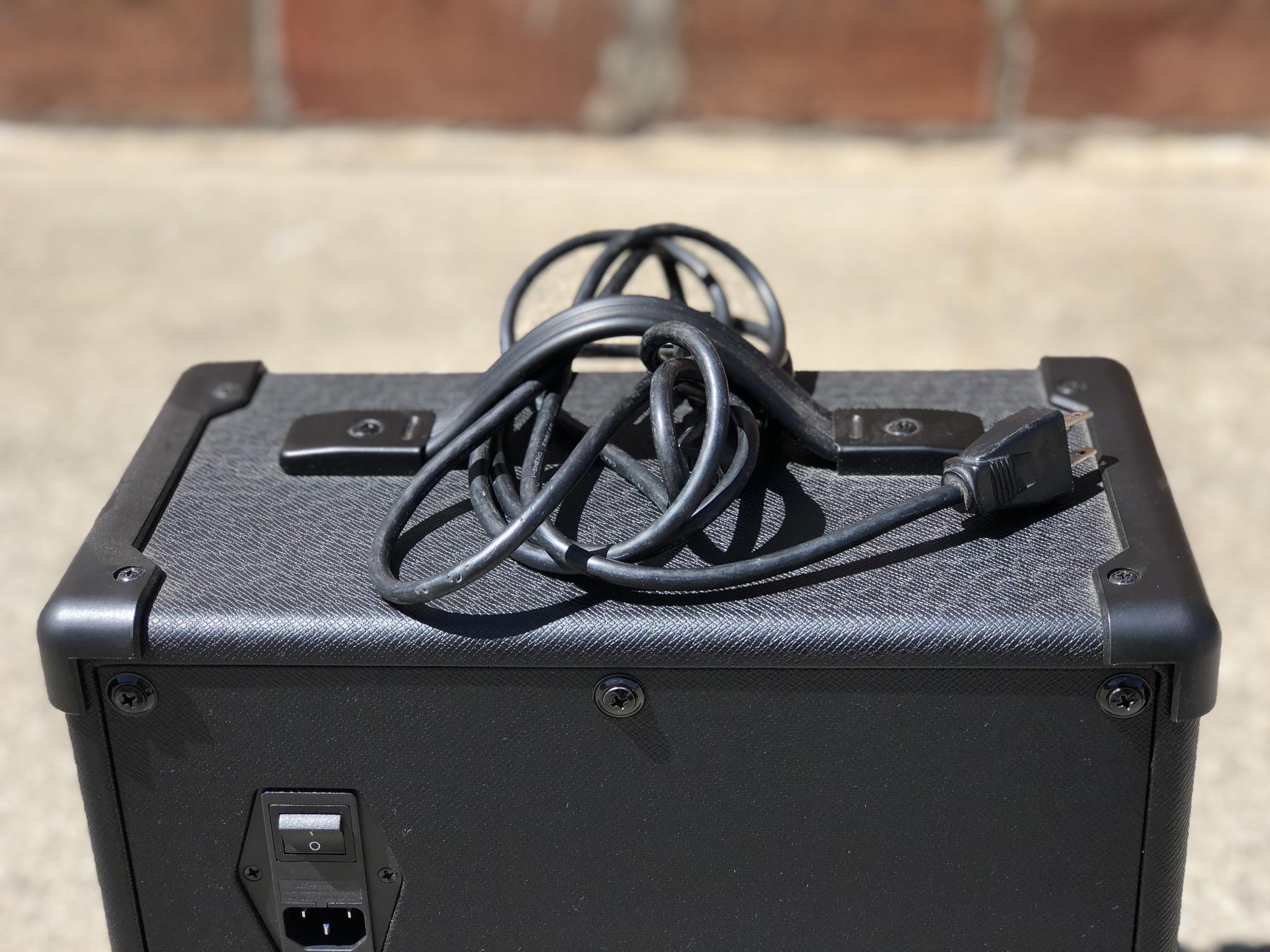 """Line 6 Spider V 20 20-watt 1x8"""" speaker-6"""