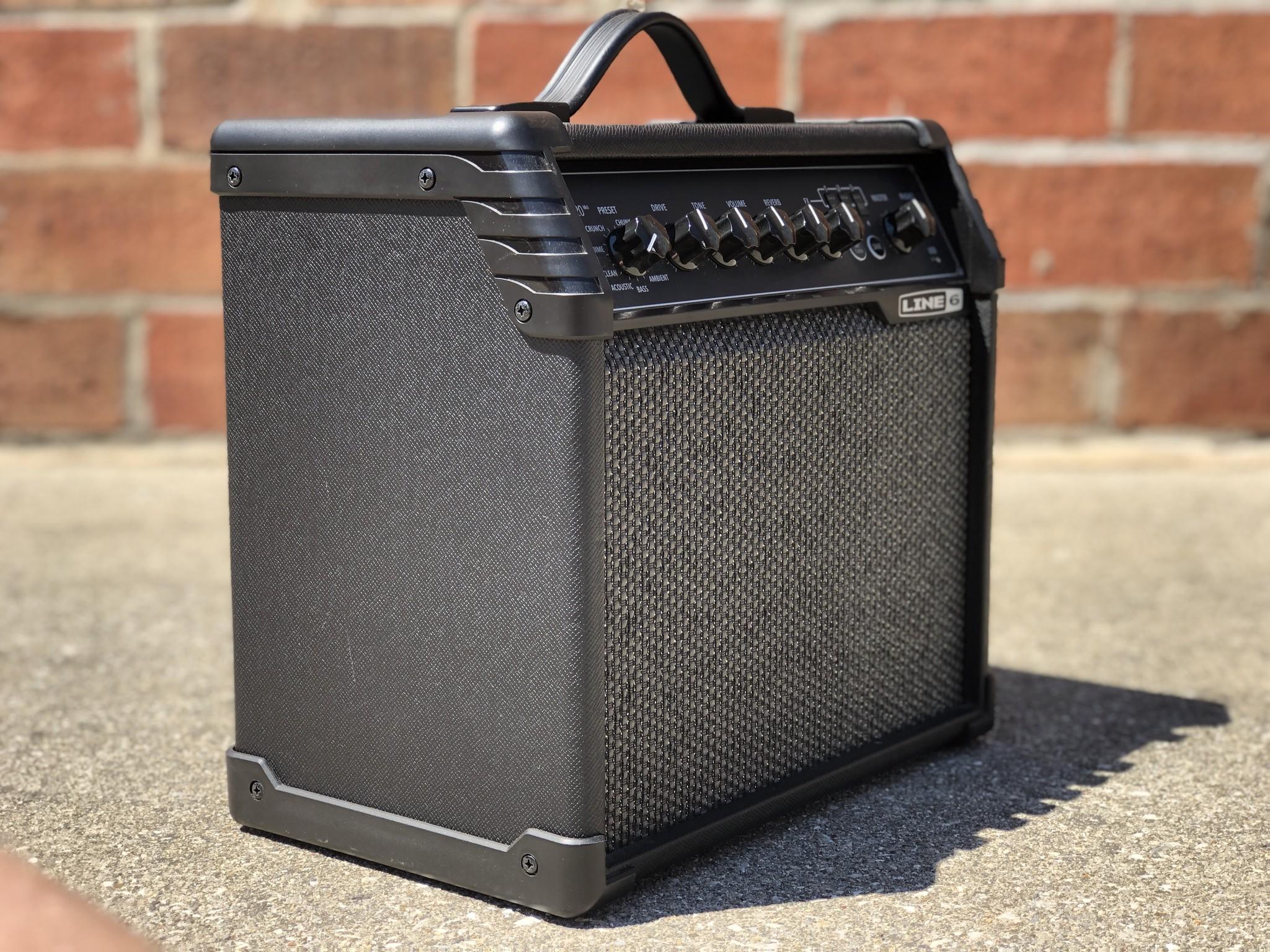 """Line 6 Spider V 20 20-watt 1x8"""" speaker-2"""