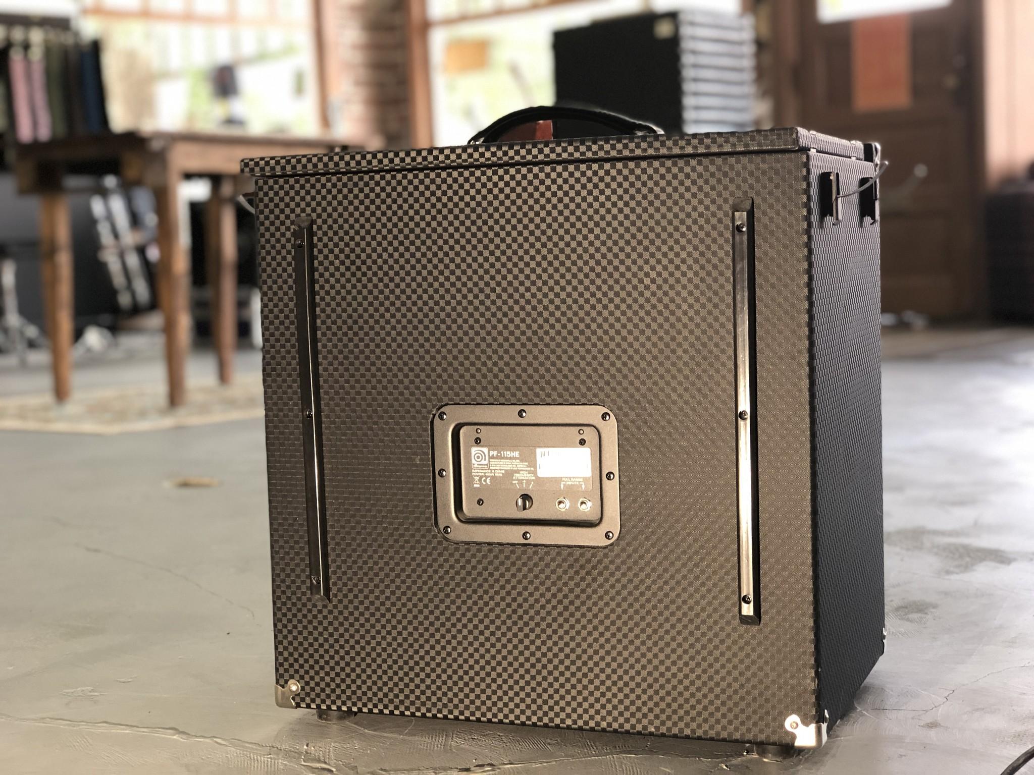 Ampeg Portaflex PF-115HE Cabinet-4