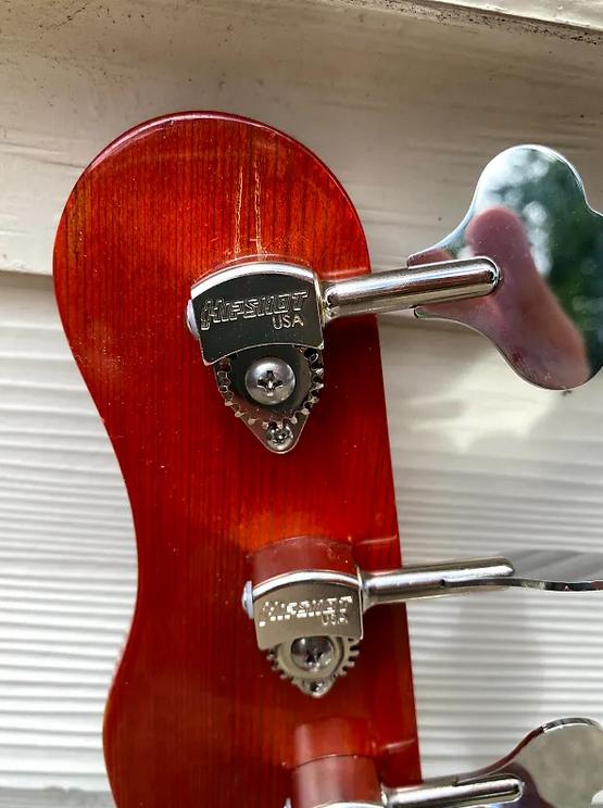 """Mahan """"Cheeto"""" Mustang Bass-7"""