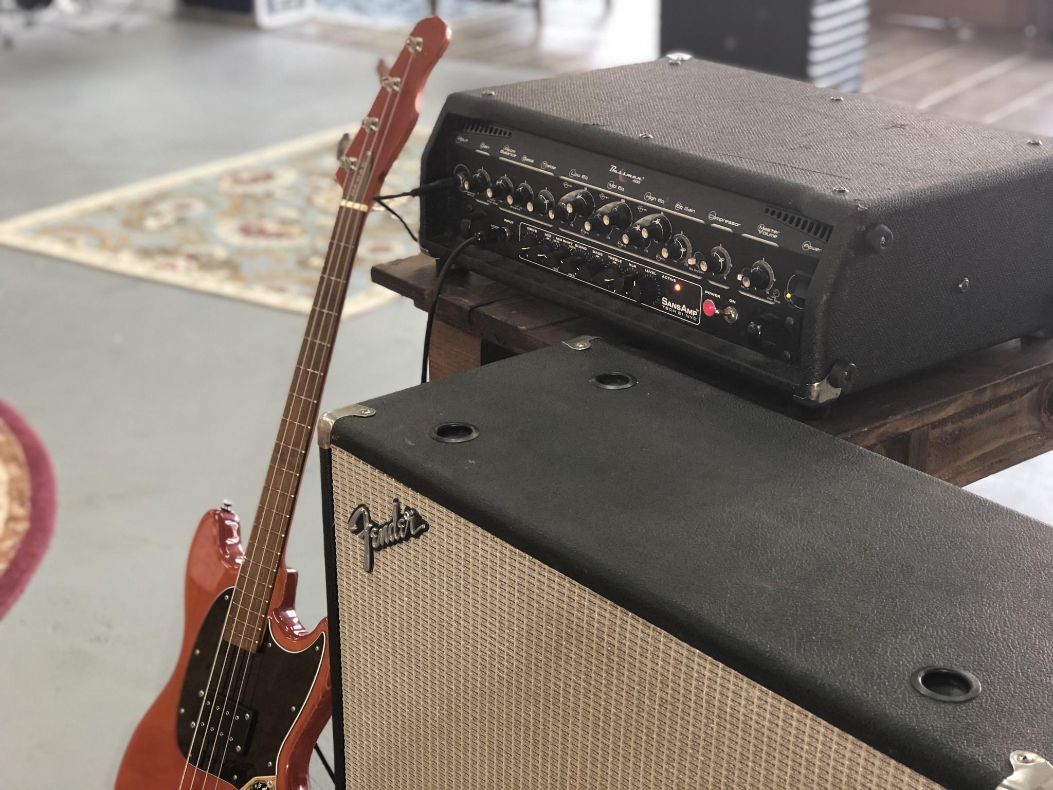 Fender Bassman 400 Rack Head-9