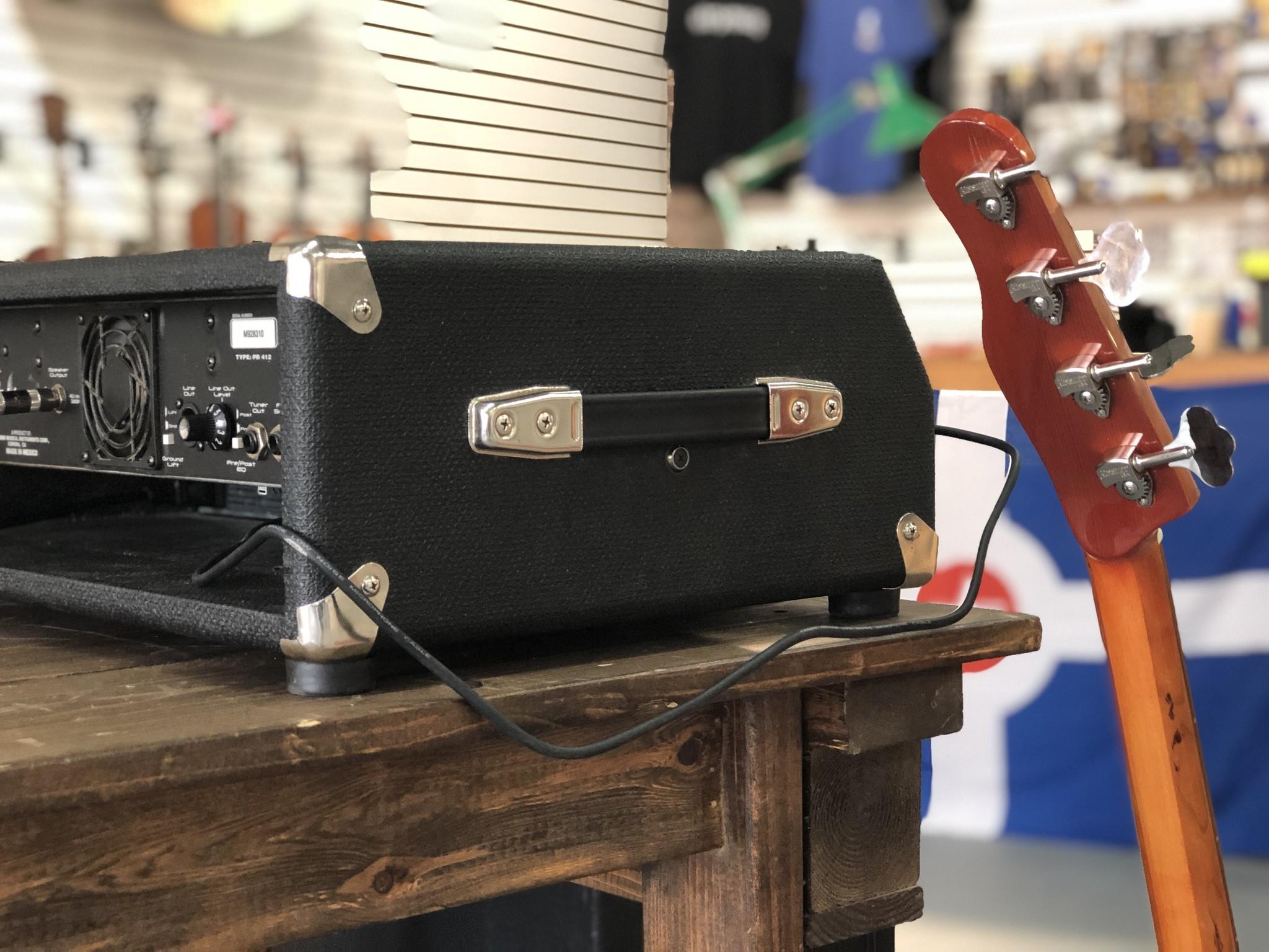 Fender Bassman 400 Rack Head-8