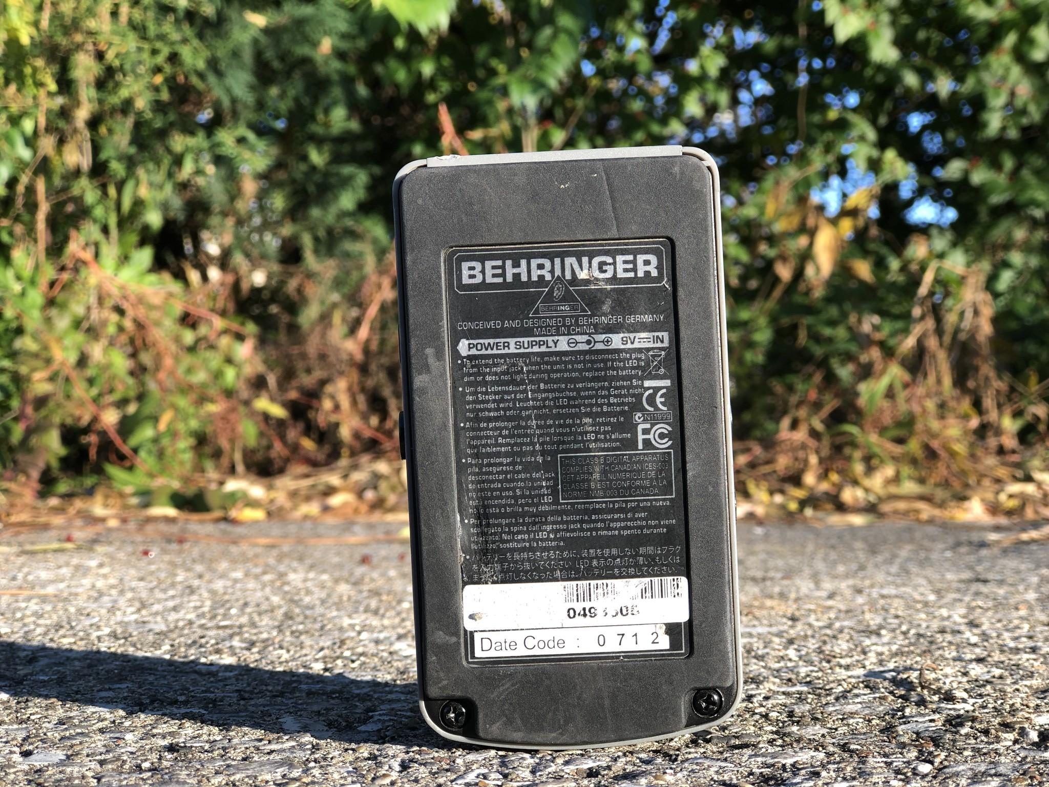 Behringer VD400 Vintage Delay-2