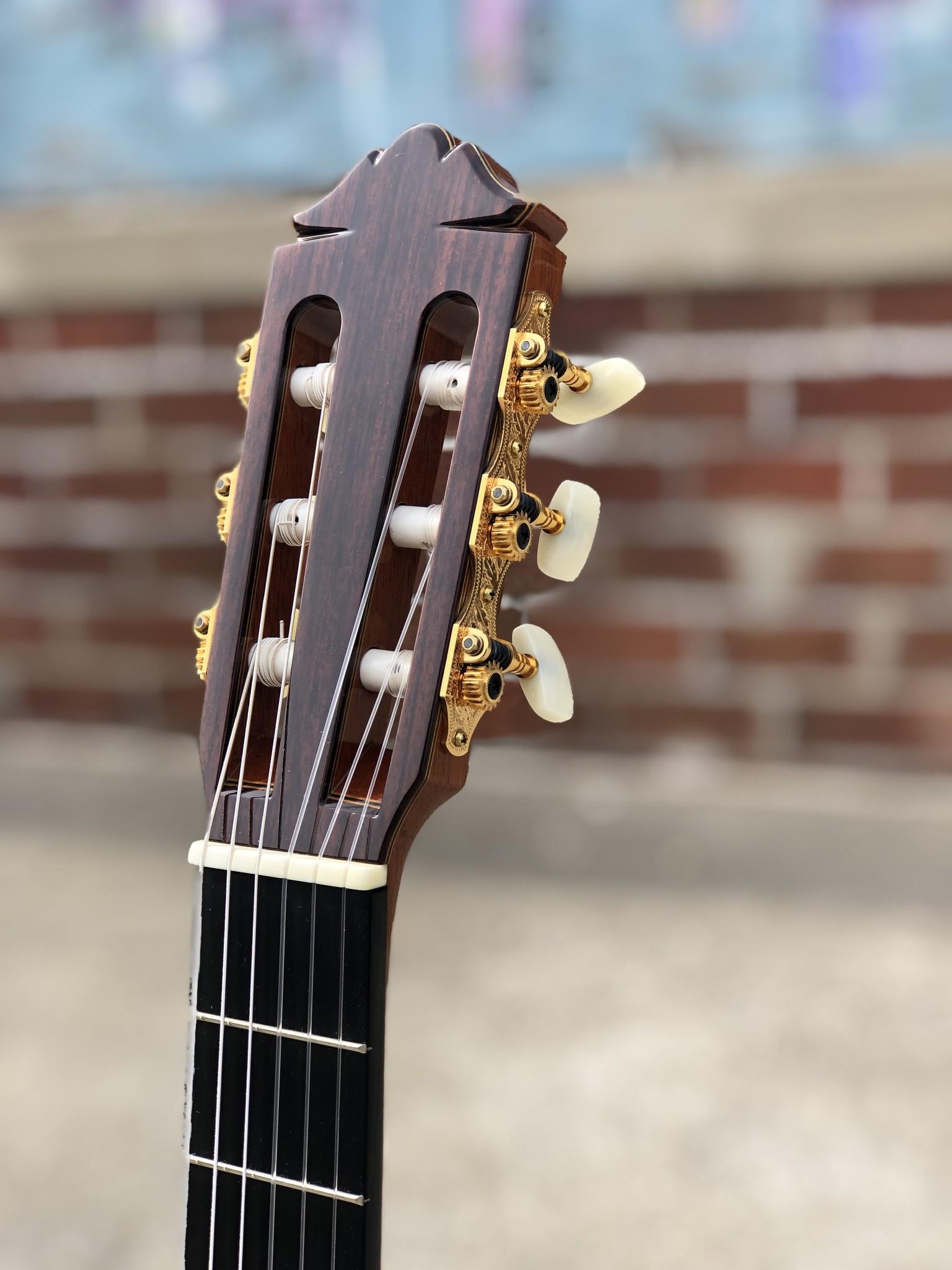 Yamaha GC-41 Classical-7