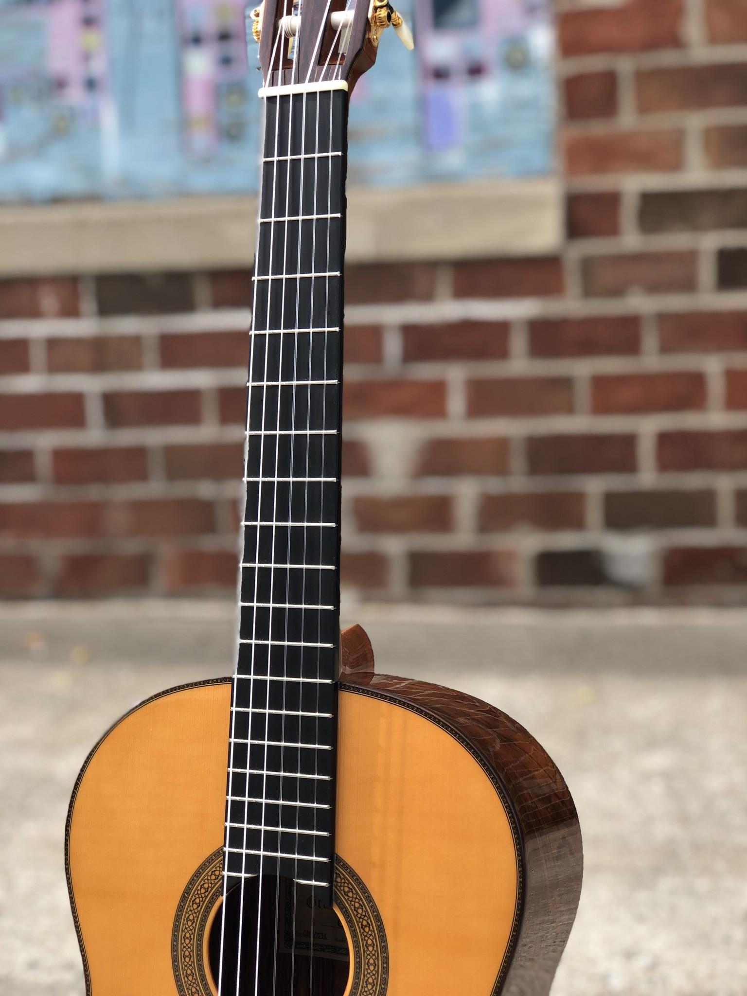 Yamaha GC-41 Classical-6