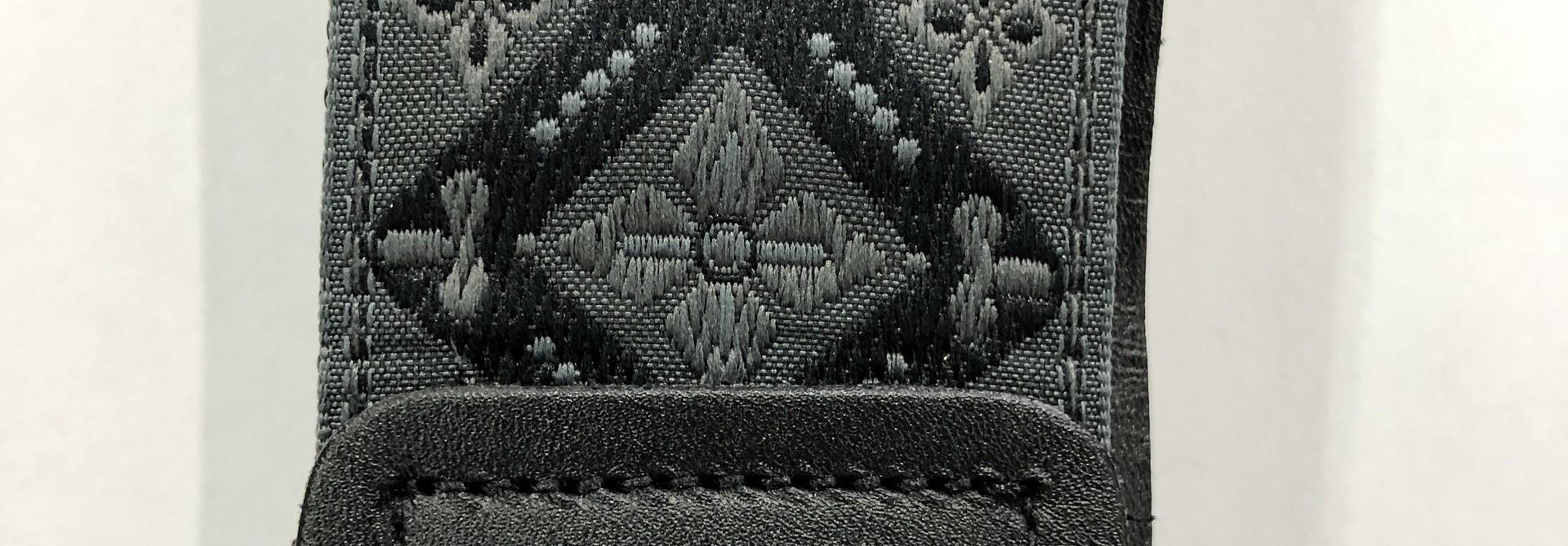 Ernie Ball Regal Black Jacquard P04093