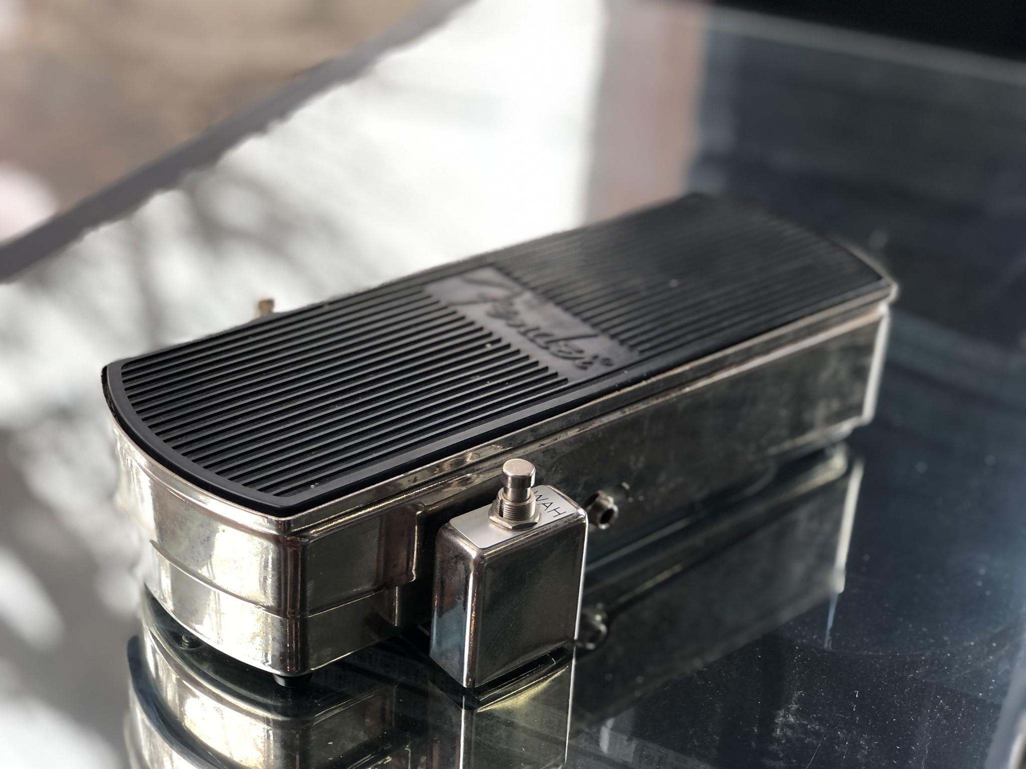 Fender Fuzz Wah Reissue-2