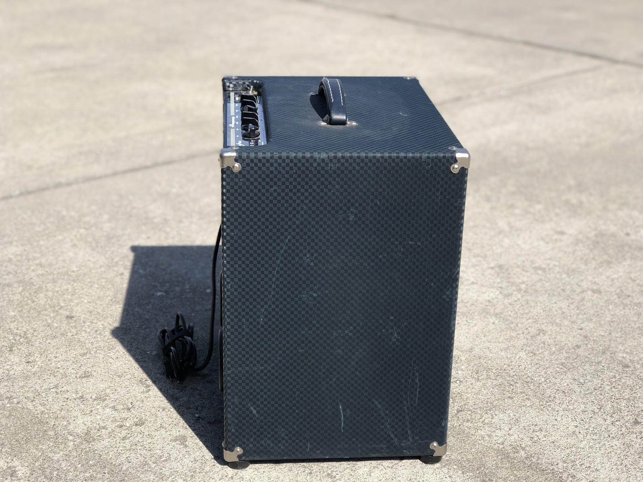 Ampeg B-100R Rocket Bass Amp-3