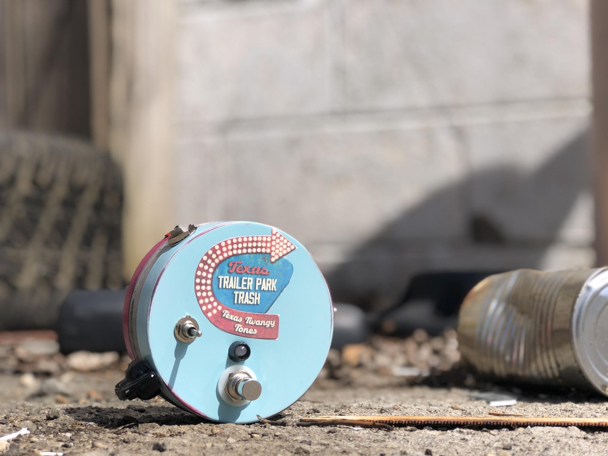 "Rick Crownover Texas Trailer Park Trash  - Russian Germanium ""Range Master"" clone.-1"