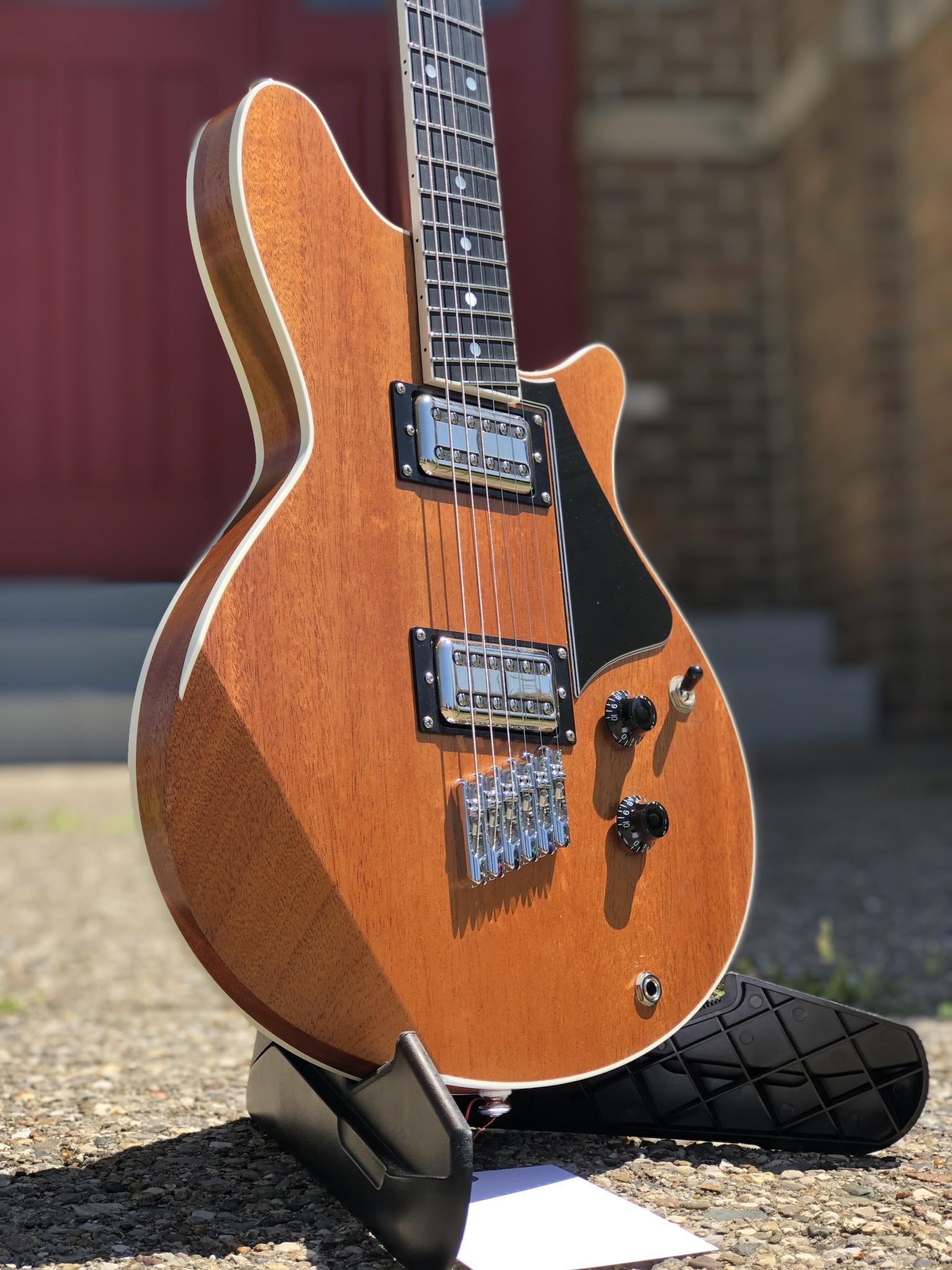Hoosier Guitars Dolores-2