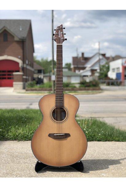 Breedlove Guitars Signature Concert Copper E Acoustic Electric