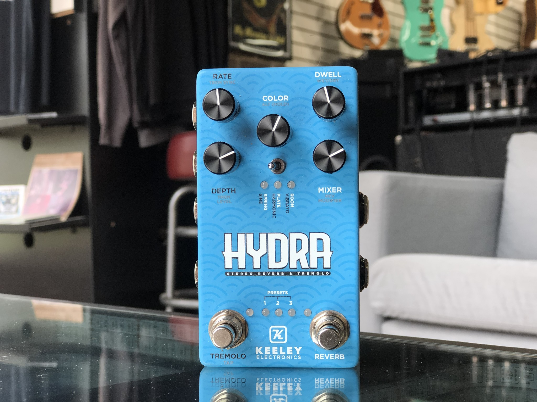 Keeley Hydra Stereo Reverb & Tremolo-1