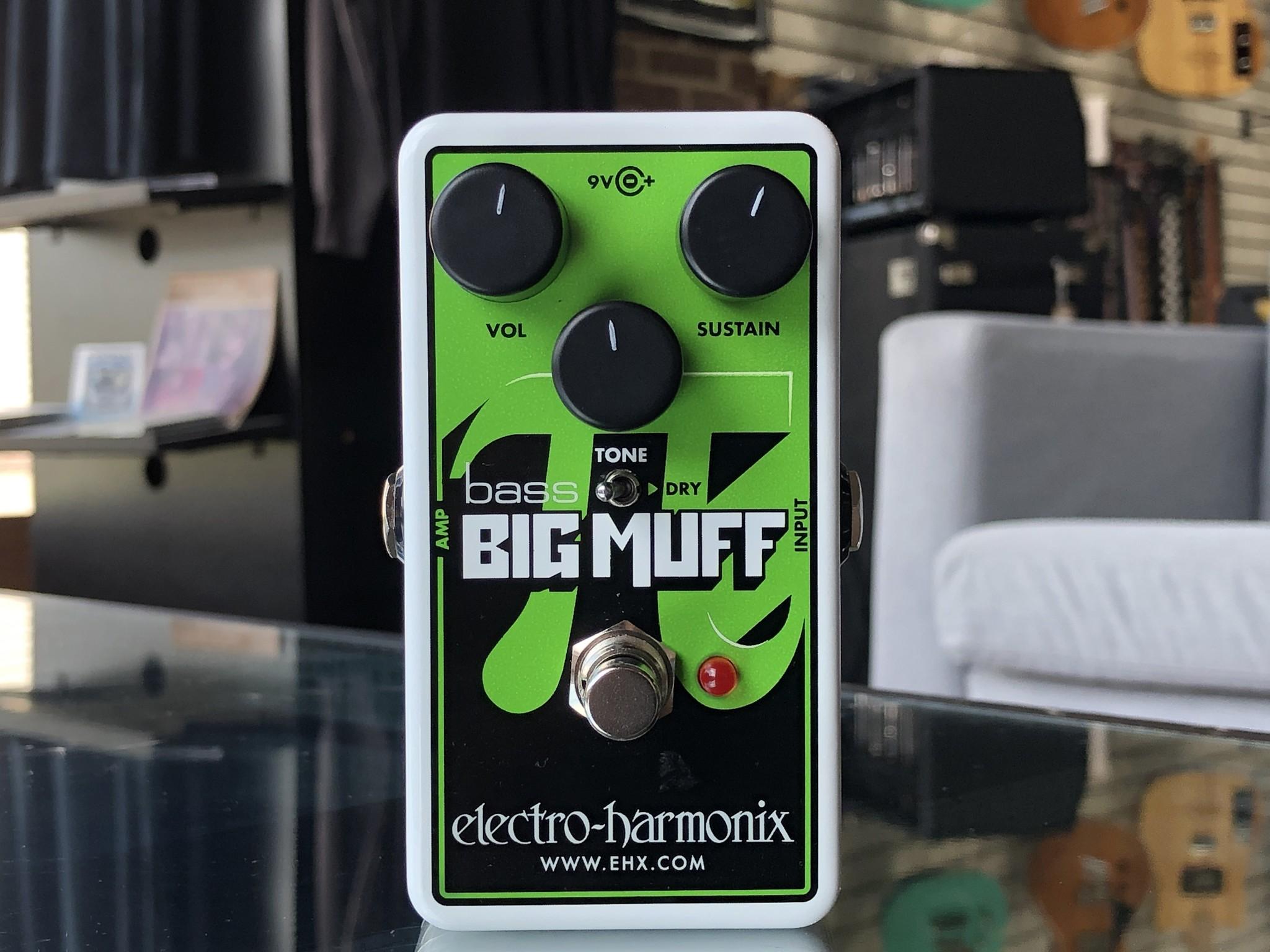 EHX Bass Big Muff Nano-1