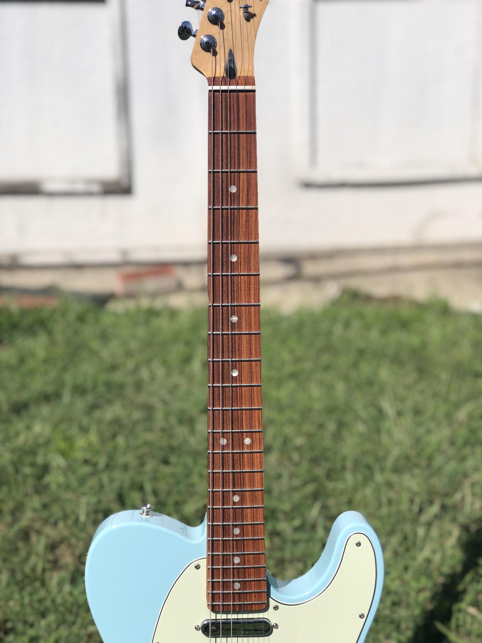 Fender Deluxe Nashville Telecaster-5
