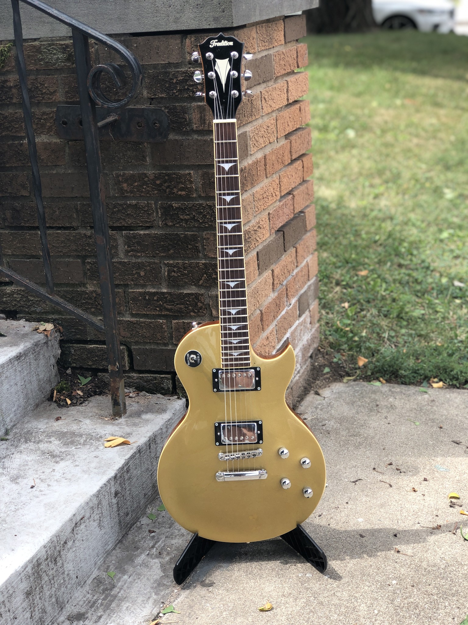 Tradition Gold Top-1