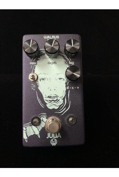 Julia Chorus V1 -USED