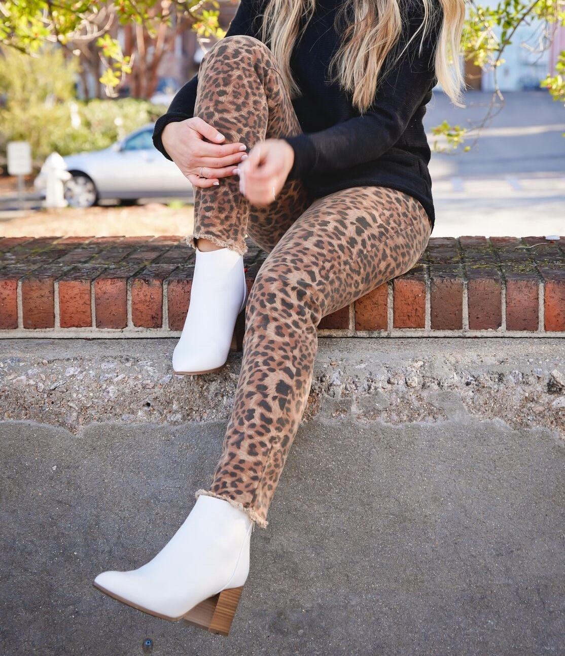 Olivaceous Brown Leopard Frayed Hem Pants