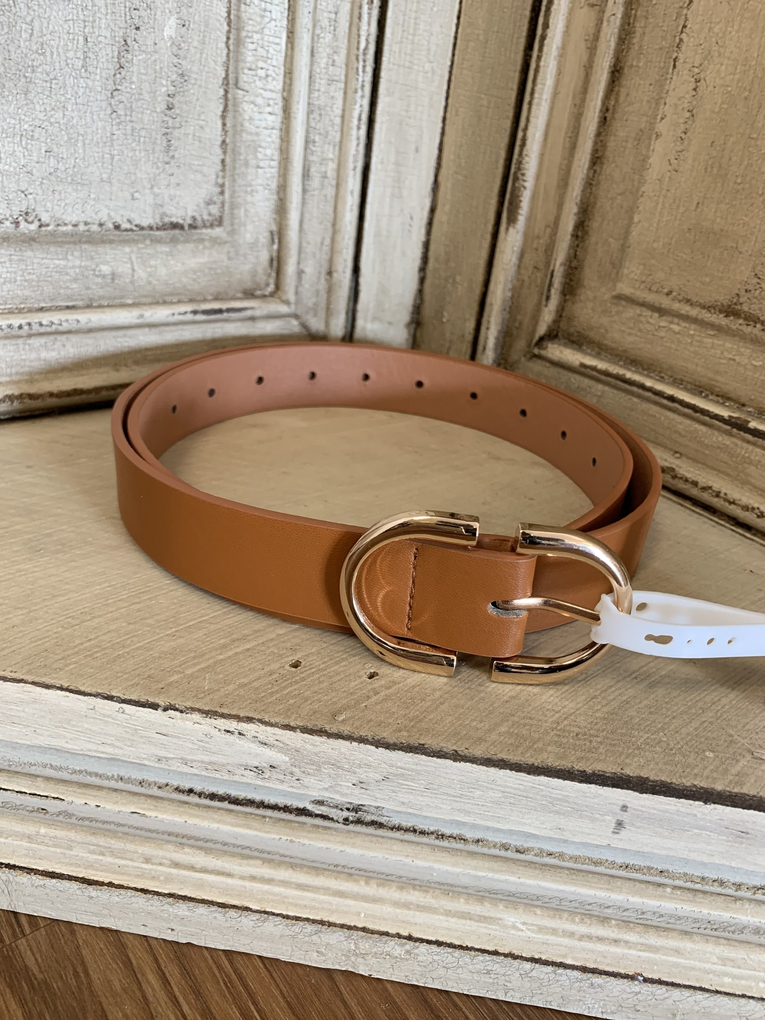 Artbox Leather Metal Ring Belt