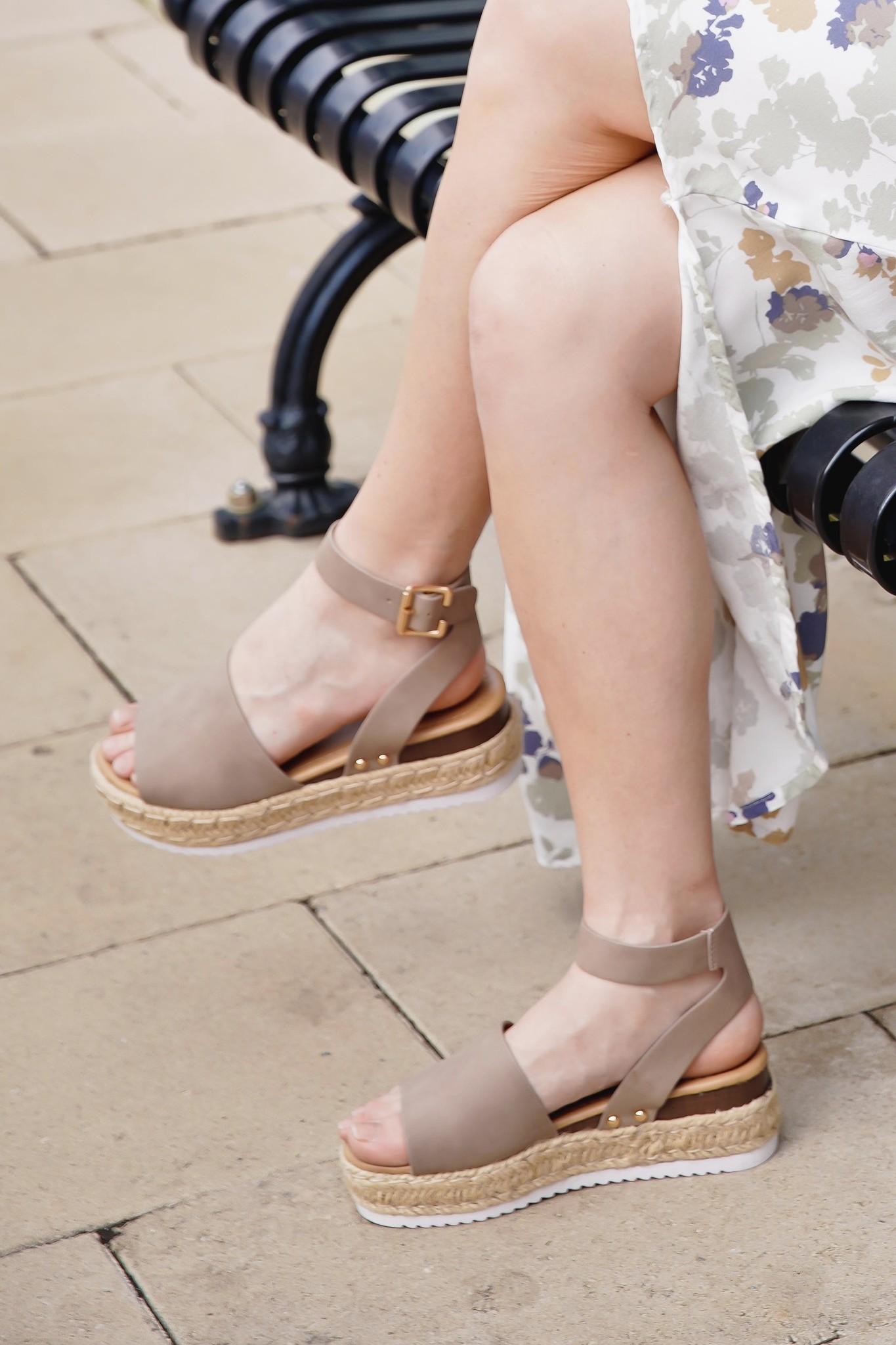TOP Moda Khaki Platform Buckle Sandal