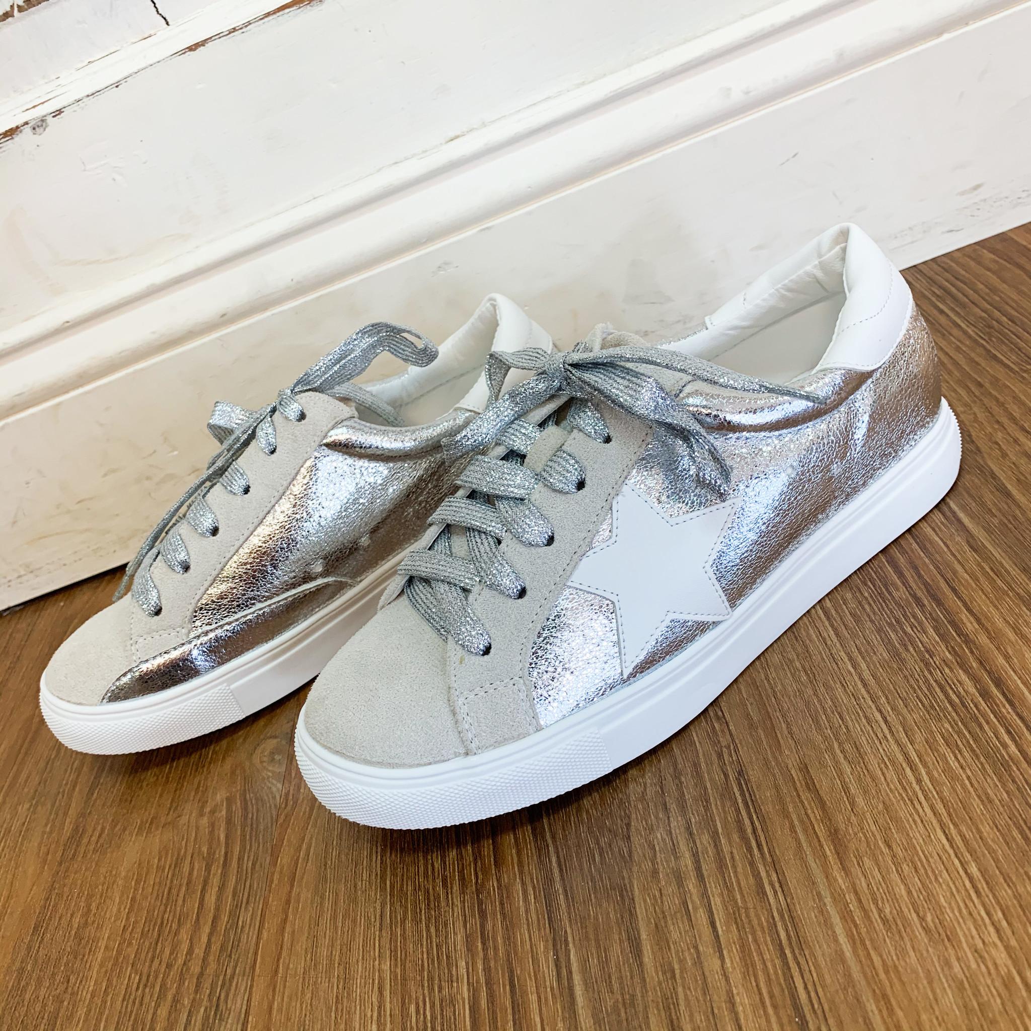 Nature Breeze Metallic Star Sneaker