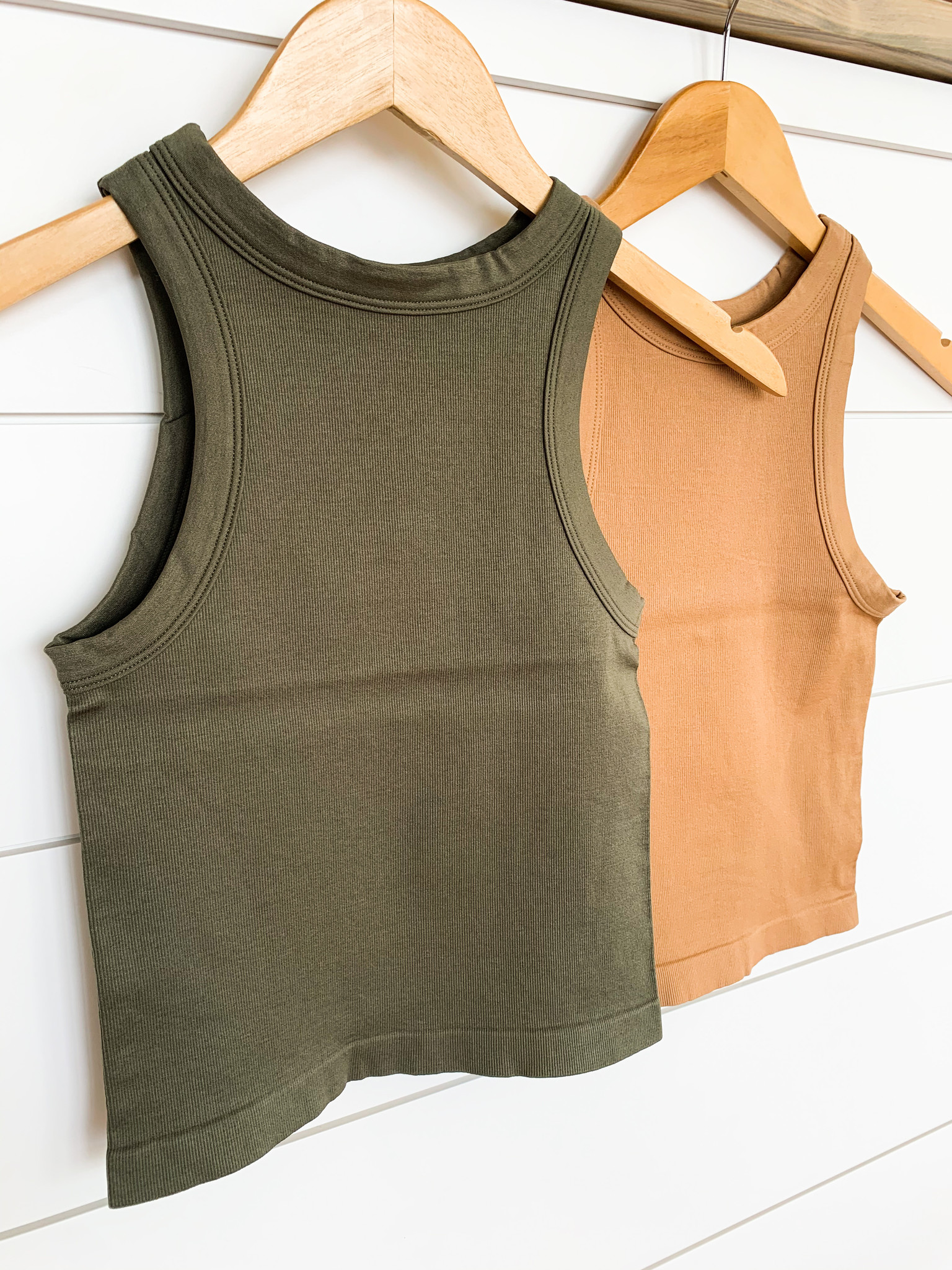 Wide Band Ribbed Tank Top