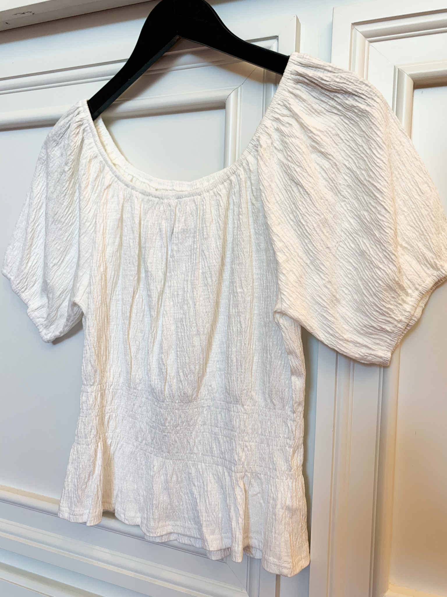 Ivory Bubble Sleeve Top