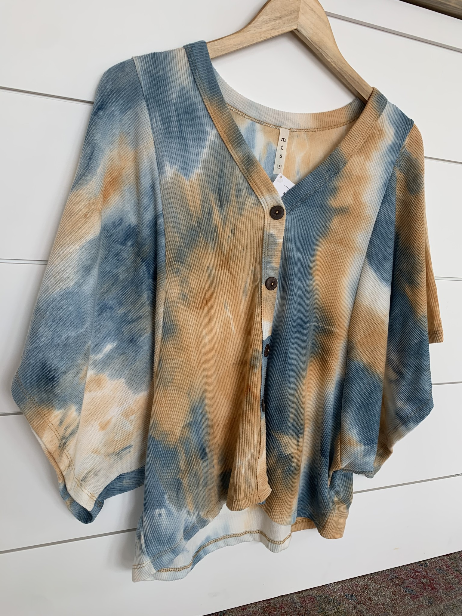 Blue Tie Dye Pattern Top