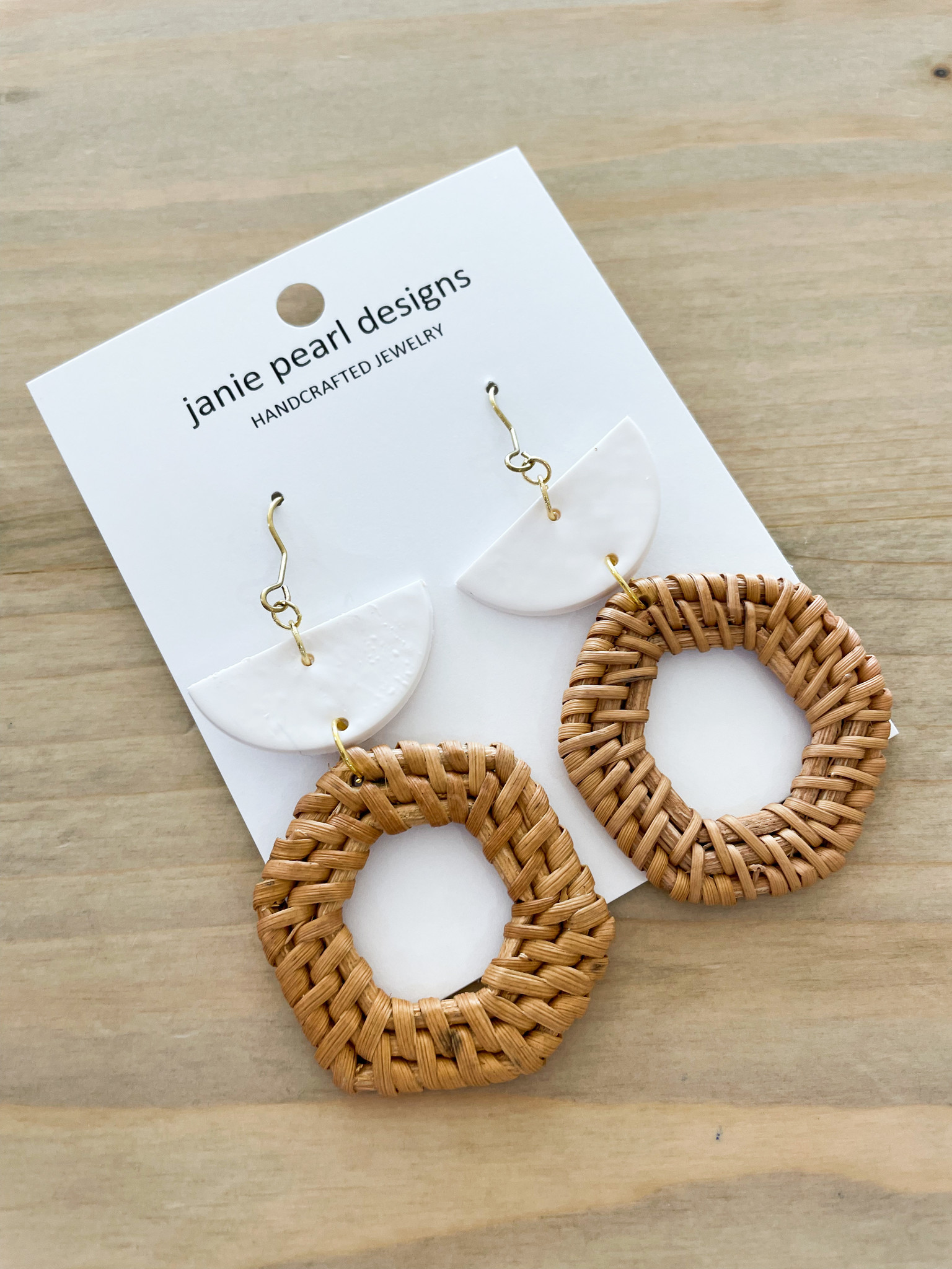 White/Rattan Drop Earring