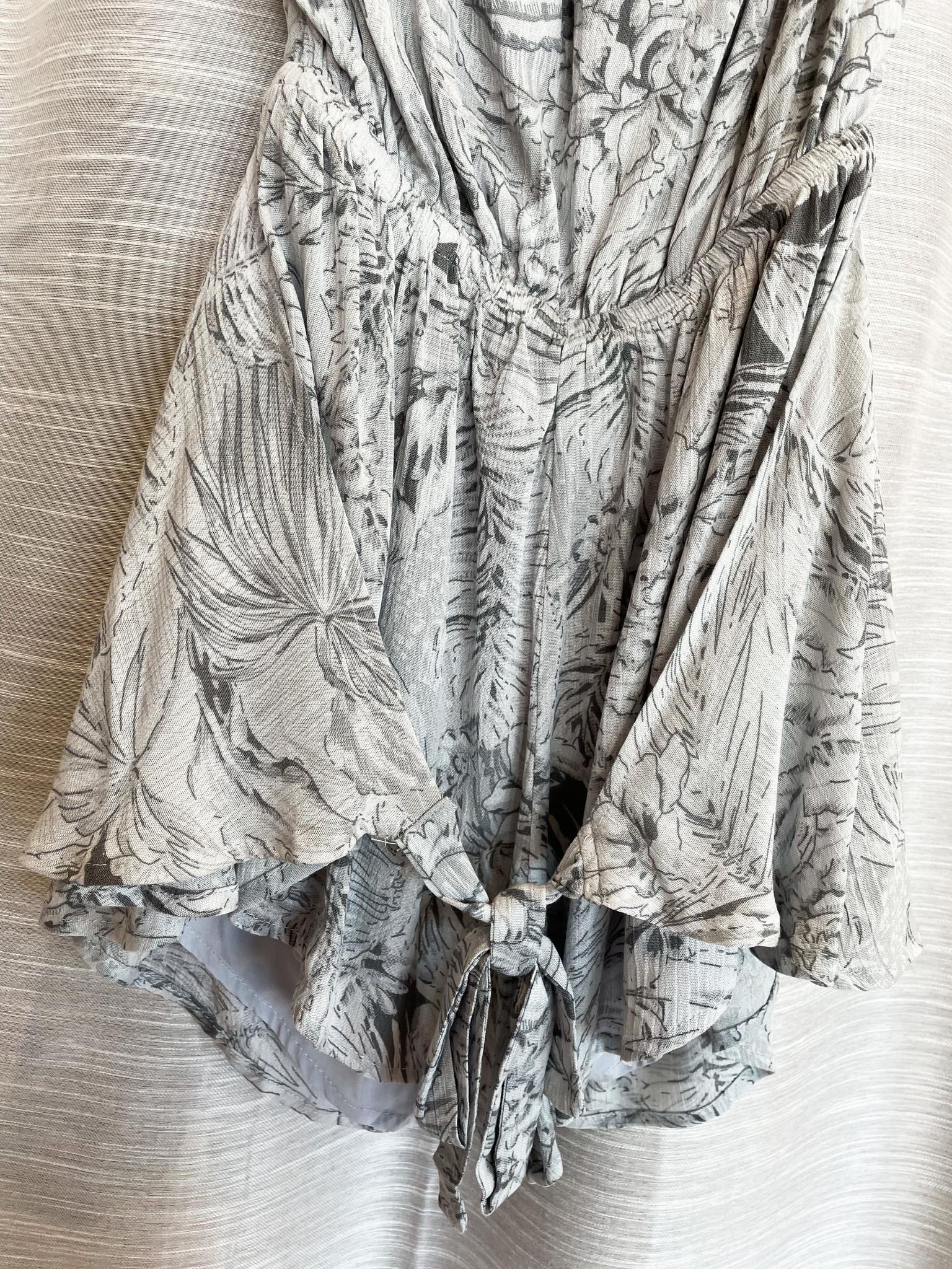 Fascination Grey Tropical Print Tie Front Romper